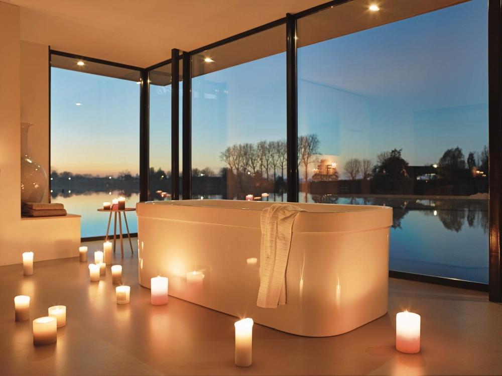 Funkčné a módne kúpeľne s vaňou - ako ich zariadiť? Poradíme!
